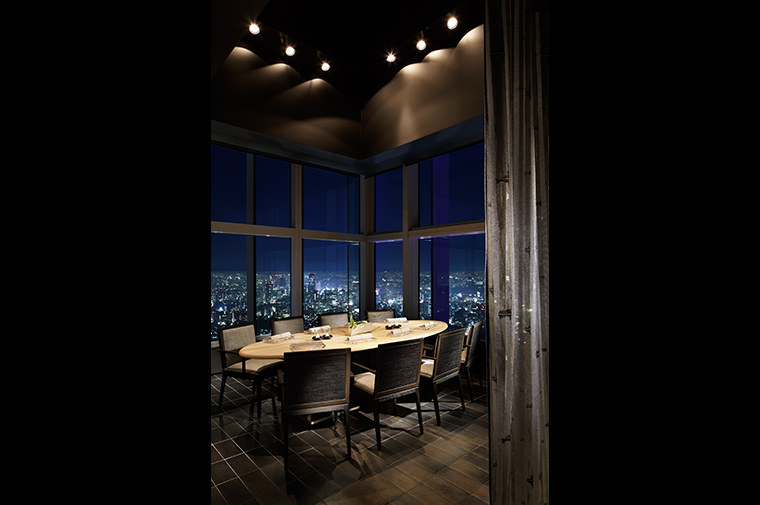 The Ritz Carlton Tokyo (Guest Rooms and Suites)  IMAGE07